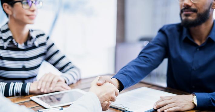 O que é fundamental para manter um bom relacionamento com o cliente